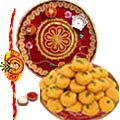 Irresistible Gift of Enticing Pedas with Kesar from <font color=#FF0000>Haldiram</font>s and a Dynamic Pooja Thali